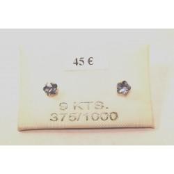 boucles d oreilles fleur oxydes bleu ciel serti griffes or 375/1000
