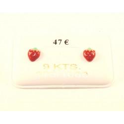 boucles d oreilles fraise laquée or 375/1000
